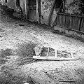 """Trnjeva brana za """"mirnje"""" (korenje) sejat. Rabijo jo po setvi. Brano obteži otrok ali pa nalože nanjo kamenje. Velike Loče 1955 (2).jpg"""