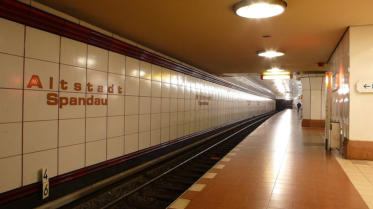 altstadt spandau berlin u bahn wikipedia. Black Bedroom Furniture Sets. Home Design Ideas