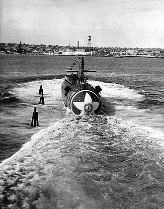 USS Sturgeon (SSN-637) - Image: USS Sturgeon (SSN 637) Launch 2