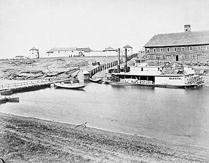 English: Upper Fort Garry in the early 1870s, ...