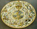 Urbino, bottega patanazzi, piatto con stemma del vicerè di napoli zuñiga, 1593 ca.JPG