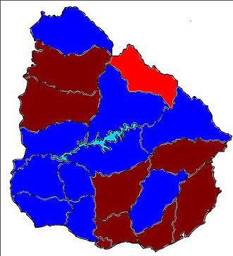 2005 Uruguayan municipal elections - Departements of Uruguay coloured according to the winning party: Blue: Partido Nacional Red: Partido Colorado Dark red: Frente Amplio