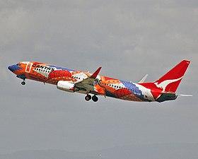 VH-VXB 'Yananyi Dreaming' Boeing 737-838 Qantas (8640257928)
