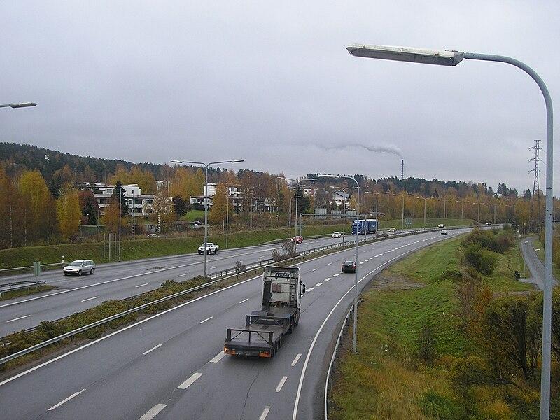 File:Vaajakoski motorway.jpg