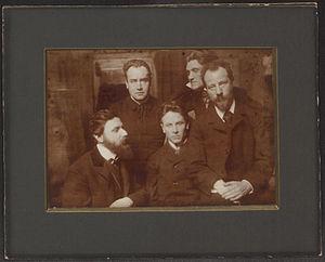 Ludwig Klages - Karl Wolfskehl, Alfred Schuler, Ludwig Klages, Stefan George and Albert Verwey (1902 photograph by Karl Bauer)