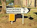 Villeneuve-la-Dondagre-FR-89-panneau d'itinéraire-01.jpg