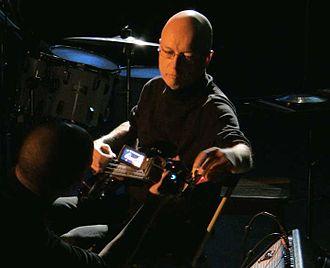 Virgil Moorefield - Image: Virgl moorefield guitar