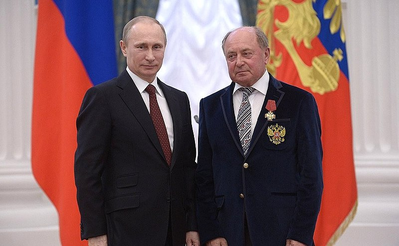 File:Vladimir Putin and Alexei Mishin 24 March 2014.jpeg