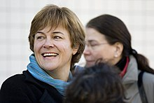 http://upload.wikimedia.org/wikipedia/commons/thumb/6/6b/Voynet_Montreuil_2008-01-06.jpg/220px-Voynet_Montreuil_2008-01-06.jpg