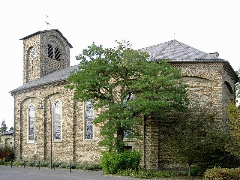 File:Waldesch Kirche.jpg