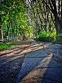 Walk (14040033073).jpg