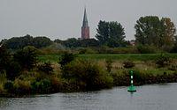 Weser Nienburg Martinskirche.jpg