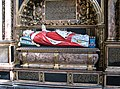 Westminster Abbey tomb.jpg
