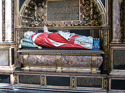 Effigy of Anne Seymour, Duchess of Somerset in Westminster Abbey, London, England Westminster Abbey tomb.jpg