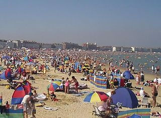 Weymouth Bay human settlement in United Kingdom