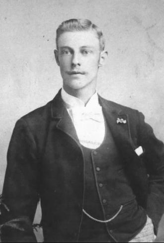 Willie Tucker - Image: Willie Tucker, golf professional, c. 1900