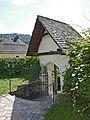 Winterkirche Maria Wörth Friedhofsportale 08.jpg