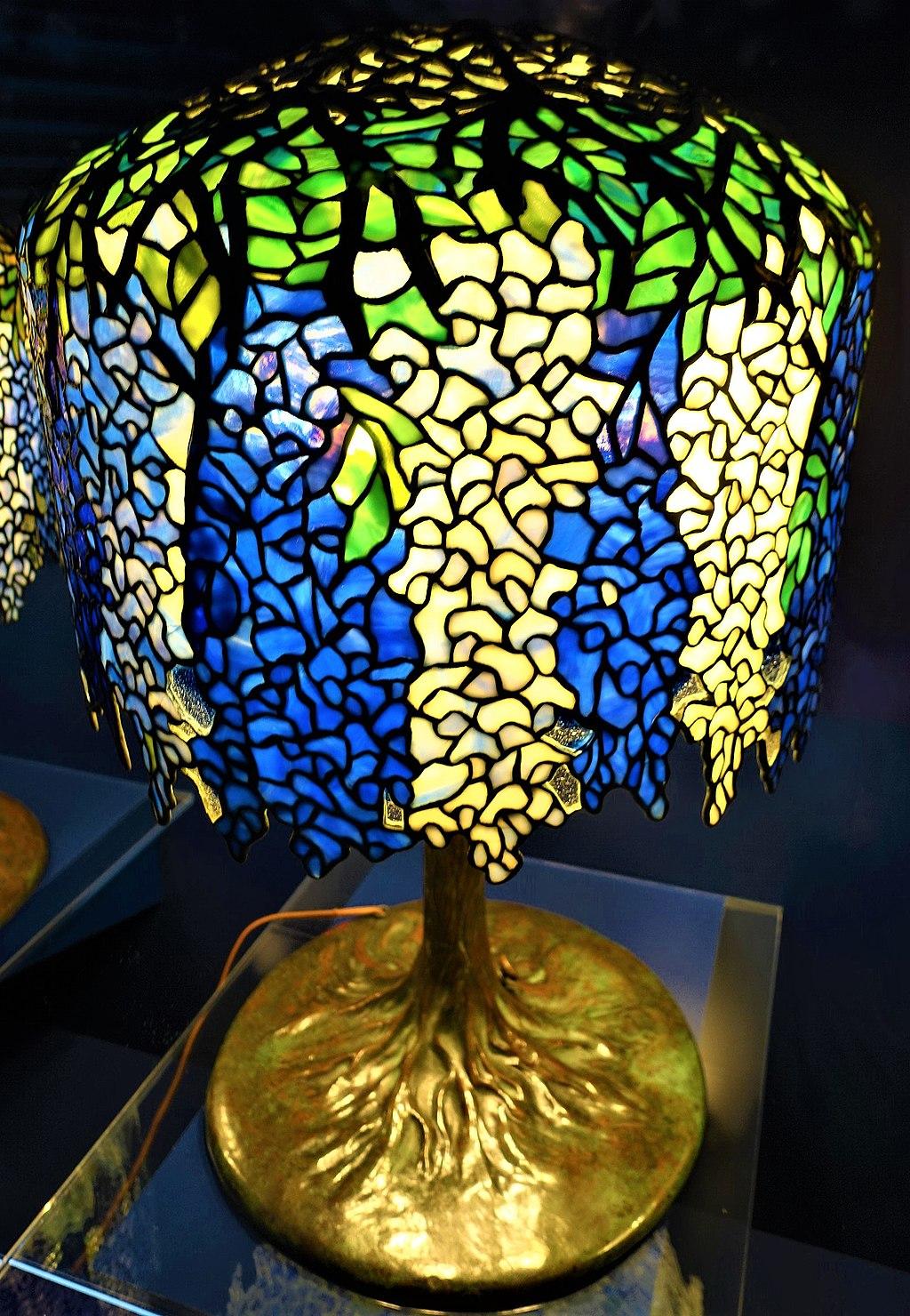 Wisteria Table Lamp - Tiffany Lamp