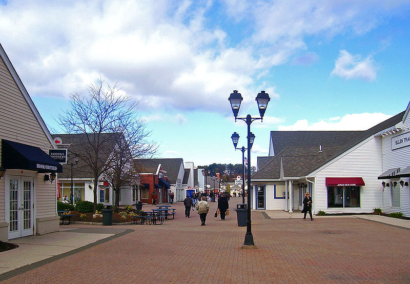 Woodbury Premium Outlets