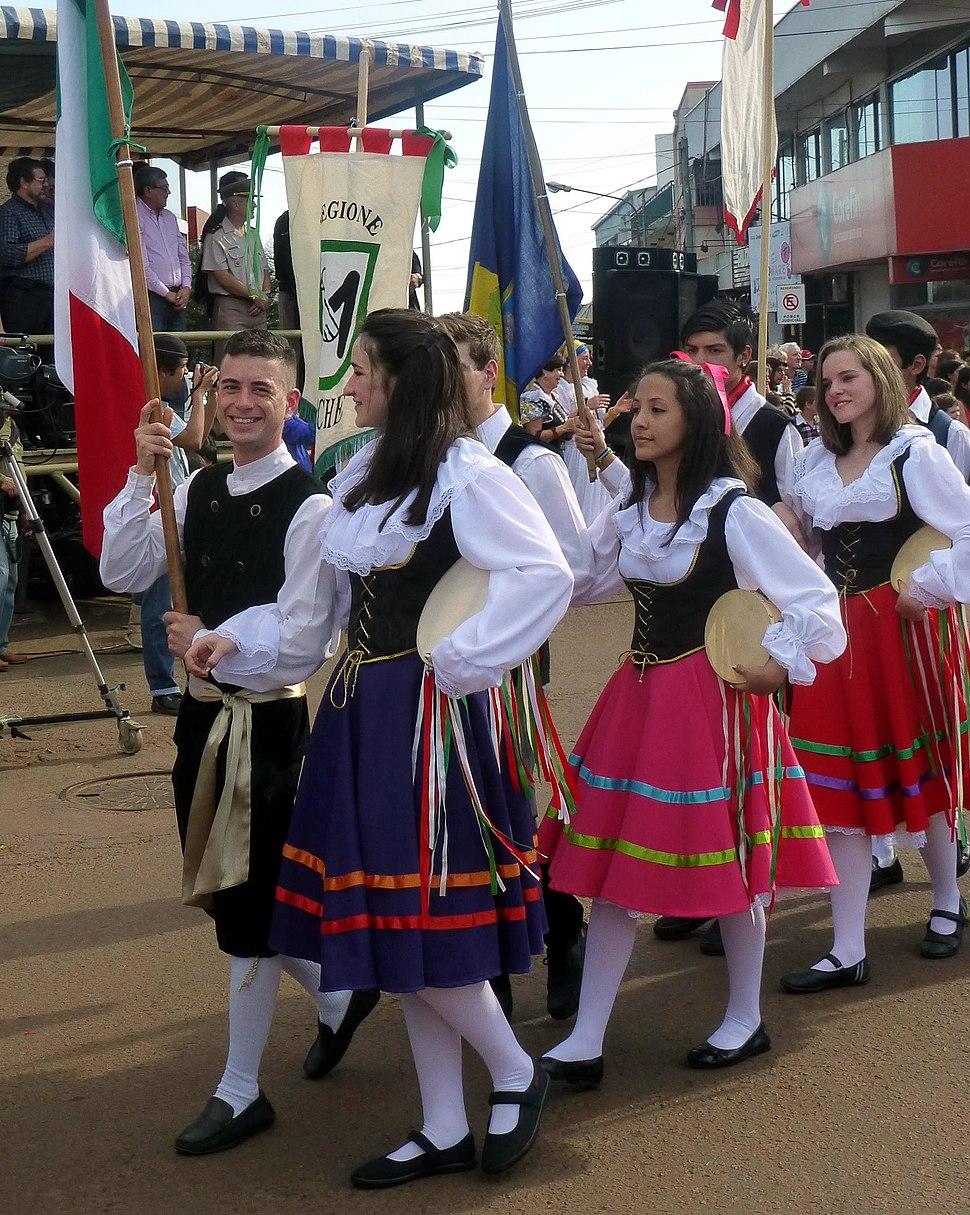 XXXIV Fiesta Nacional del Inmigrante - desfile - colectividad italiana 2