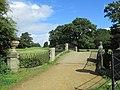 Yorkshire Sculpture Park (35929301823).jpg