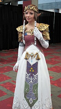 Zelda cosplayer at FanimeCon 2010-05-30 2.JPG