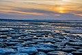 Zugefrorener Strand (1) - Spiekeroog, Nationalpark niedersächsisches Wattenmeer.jpg