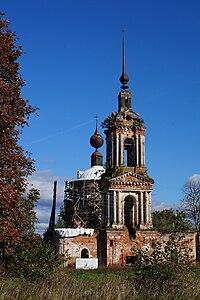 Благовещенская церковь Апухтино 5.jpg
