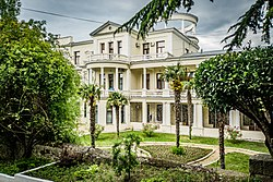 Корпус № 1, санаторий Белоруссия в Мисхоре (2016).jpg