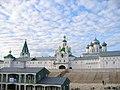 Макарьевский монастырь, церковь Михаила Архангела.jpg