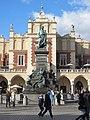 האנדרטה של אדם מיצקביץ', קרקוב (1).jpg