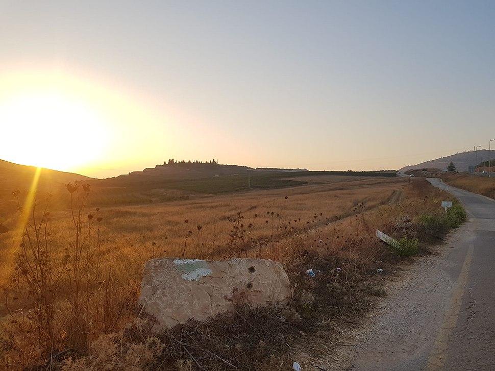 כביש הכניסה לגבעת הראל