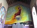 ציור הקיר מרים אשת האפוקליפסה בחלקו האחורי של חלל הכנסיה.jpg