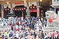 01.28 大批民眾守候於屏東車城福安宮,等待總統的到來 (32184358680).jpg