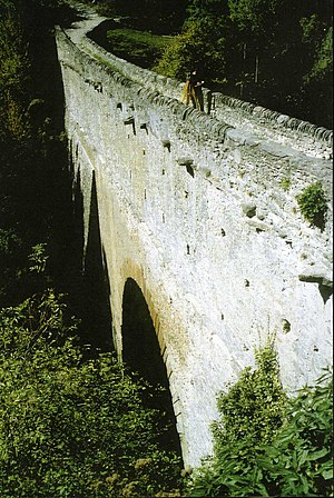 Pont d'Aël - Image: 01 Pont d'Aël, Aosta Valley, Italy. Bridge Arch