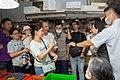 07.14 總統參訪「東港漁港漁產品直銷中心(華僑市場)」 (50111512321).jpg