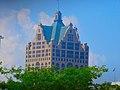 100 East Wisconsin - panoramio (3).jpg