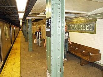 116th Street (IRT Lexington Avenue Line) - Image: 116th Street (IRT Lexington Avenue Line) by David Shankbone