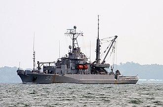 USNS Salvor (T-ARS-52) - USS Salvor (ARS-52)