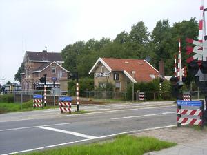 Overweg bij station Zetten-Andelst