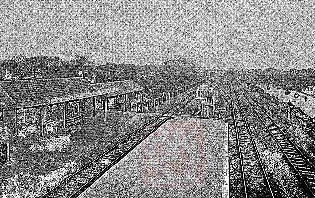 640px-1922年新龙华站.jpg