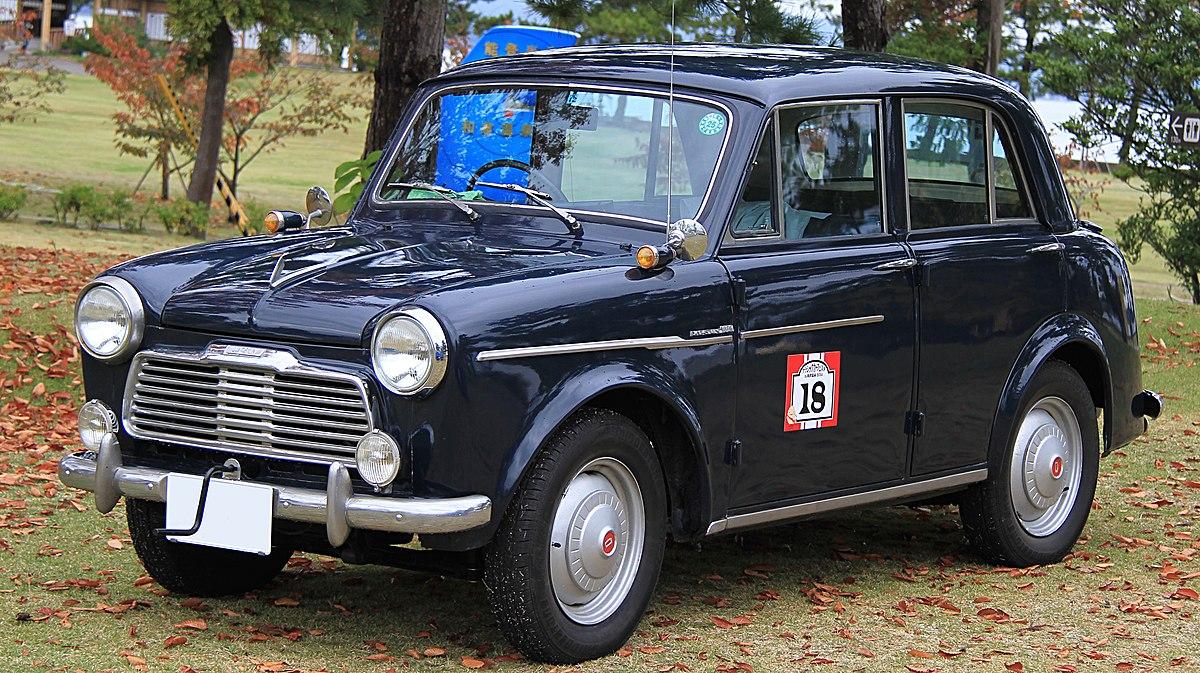 Nissan Bluebird — Вікіпедія