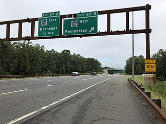 Barnegat Township, New Jersey - The southbound Garden State Parkway at Exit 67 in Barnegat Township