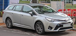 2018 Toyota Avensis Business Edition Valvematic facelift Estate 1.8 Front.jpg