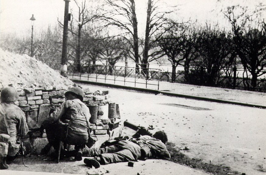 504th parachute infantry regiment WWII holland