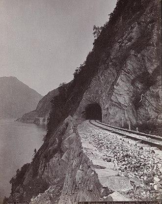 Bergen Line - A section of Bergen-Voss-line between Vaksdal and Trengereid before 1890.