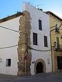 556 Casa de Sant Jordi, o Sinagoga, c. Major de Remolins 44 - cantonada tv. Mur (Tortosa).JPG