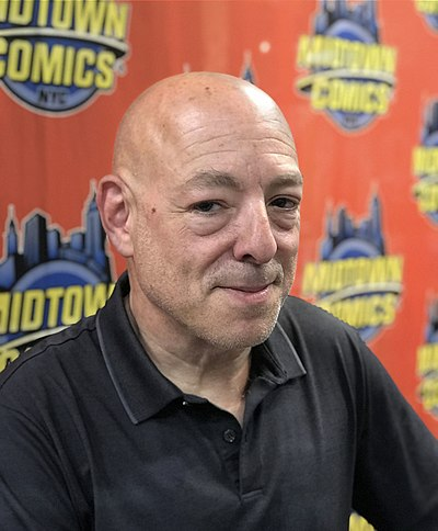 Picture of an author: Brian Michael Bendis