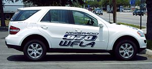 WFLA (AM) - News unit with a previous logo