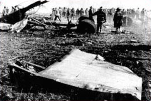 American Airlines Flight 191 - Firefighters survey the Flight 191 crash site in Des Plaines, Illinois.
